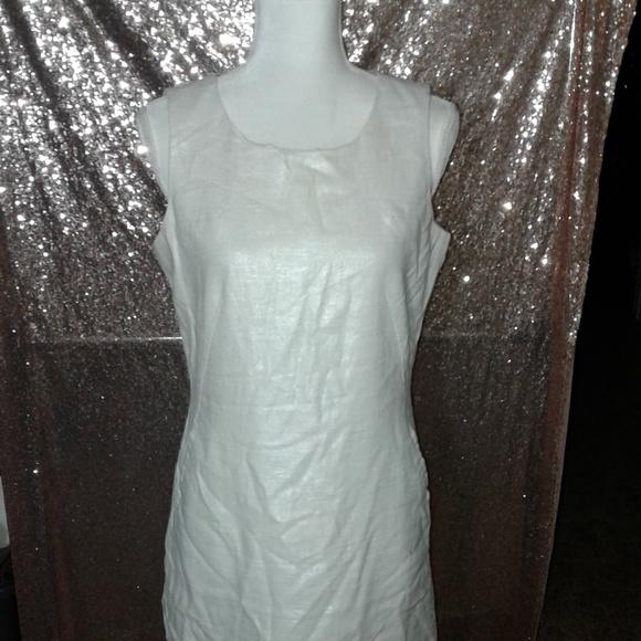 mercer & madison Dresses & Skirts - EUC Mercer and Madison Metallic Shift Dress SZ 8